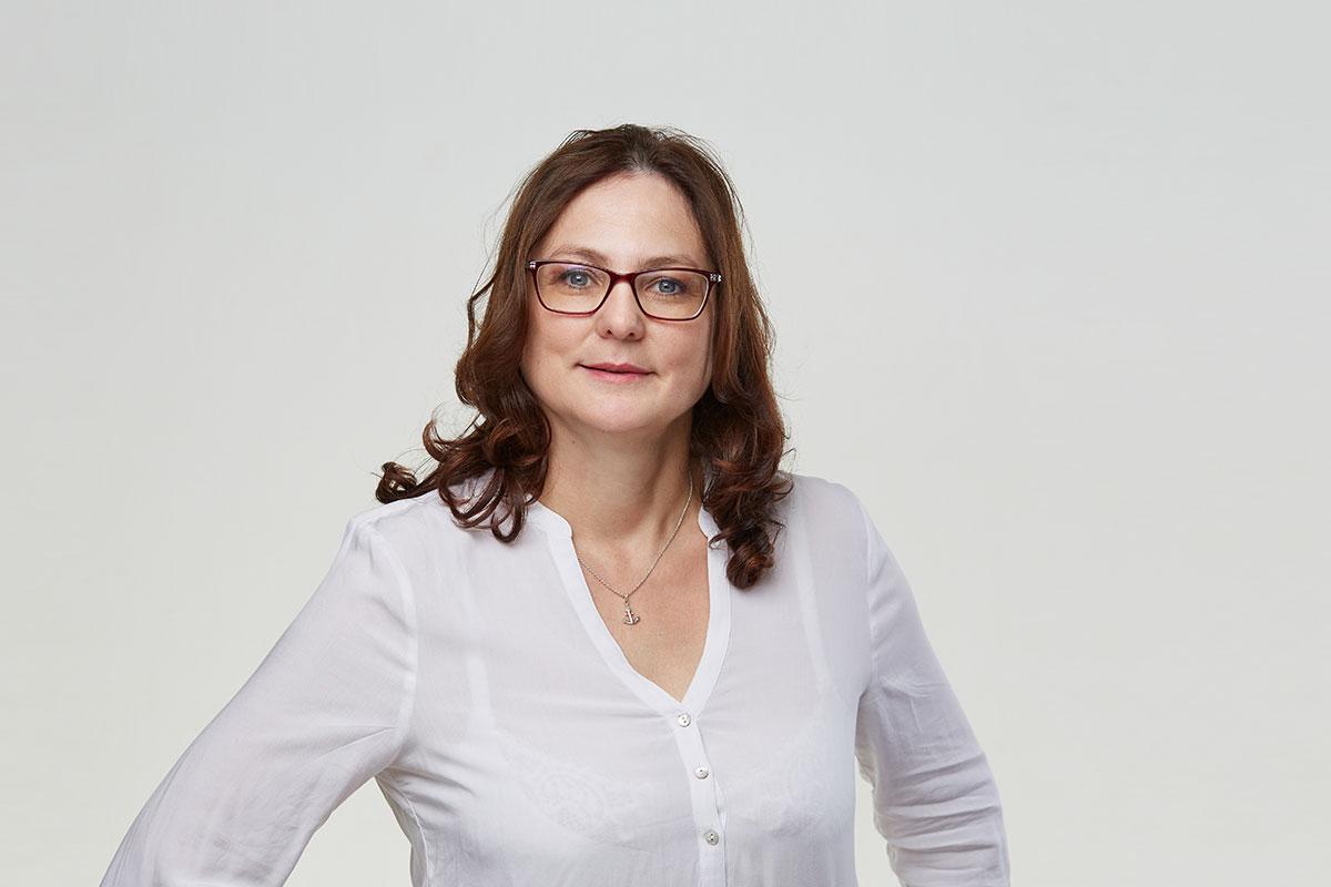 Cornelia Bäzol, Empfangsmanagement (Foto: Hagen Wolf)